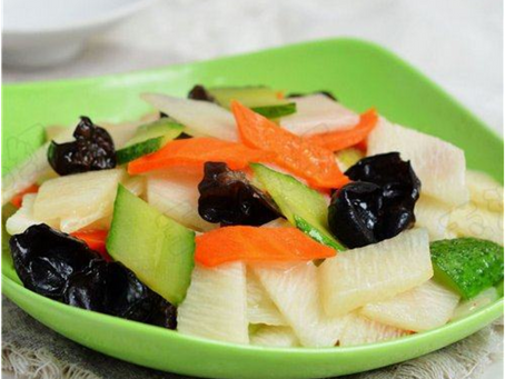 3 Easy Chinese Vegetable Recipes to Warm Your Tummy This Winter!   3道简单素食中菜谱温暖过冬!