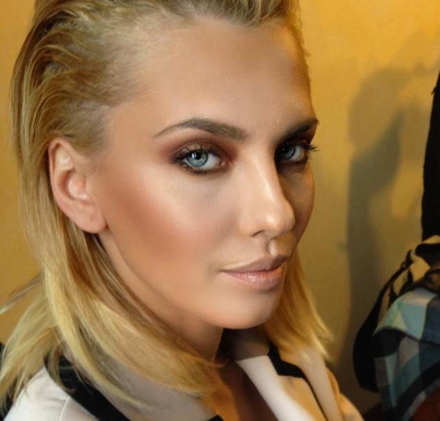 flawless_glow_makeup.jpg