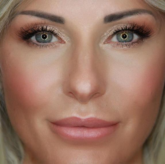 glowy_makeup_charlotte_tilbury