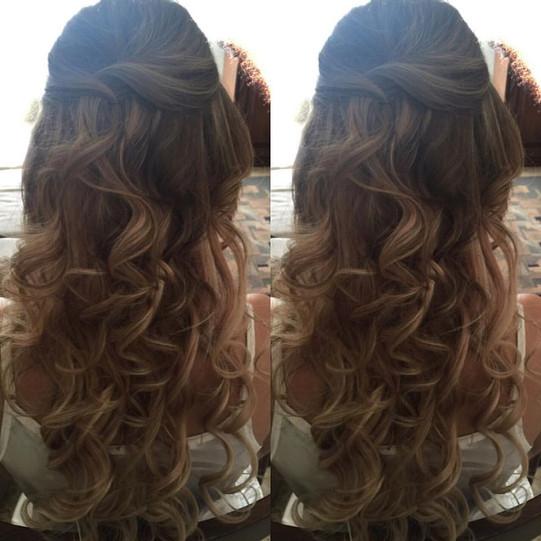 Bridal Hairstyle_Halfup halfdown.jpg