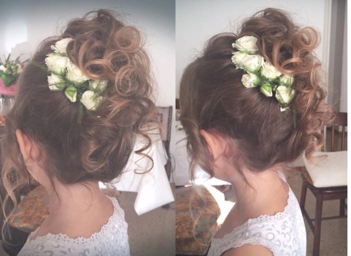 Flower Girl_ Elena Panzeri Hairstylist.j