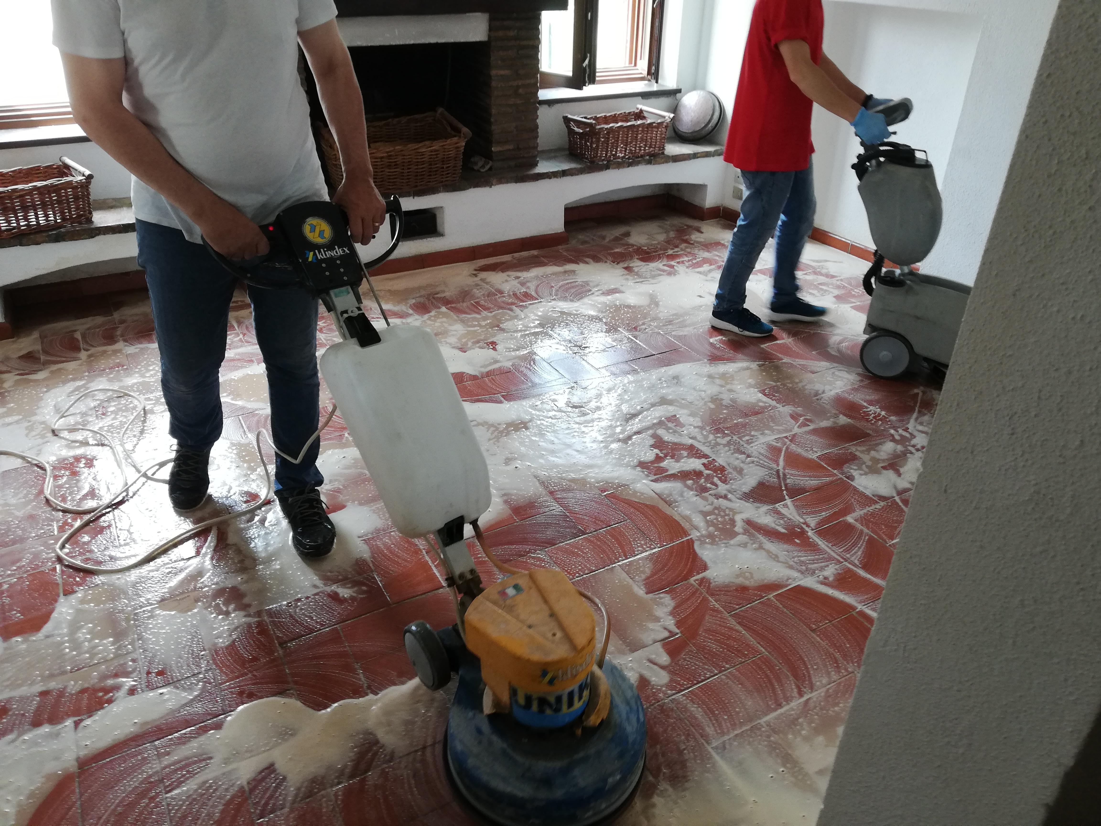 pulizia straordinaria villa