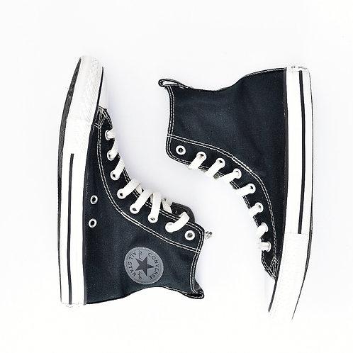 size 35   Converse   נעלי אולסטאר שחורות