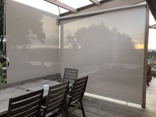 Outdoor screens with mesh