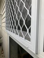 Fixed security screen window