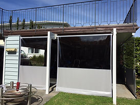 Cafe style PVC manual screen