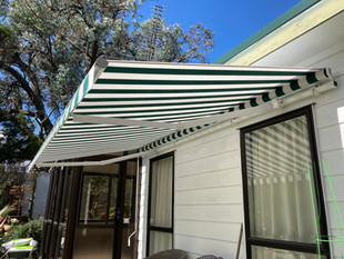 Retractable awning Ellipse