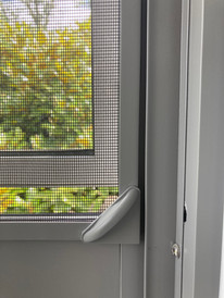 Magnetic insect screen13.JPG