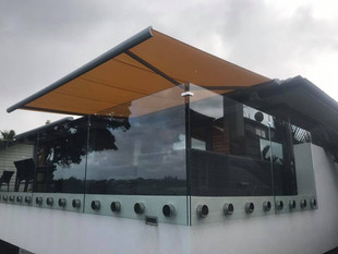 Motorised awning full cassette