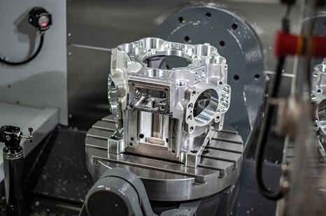 radial case on Haas UMC-750 4.jpg