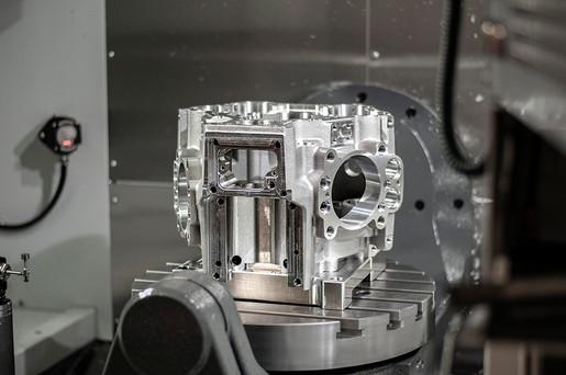 radial case on Haas UMC-750 1.jpg
