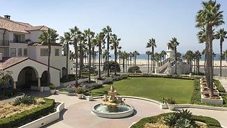 Hyatt-Regency-Huntington-Beach-Resort-and-Spa-P456-Mermaid-Courtyard.16x9.webp