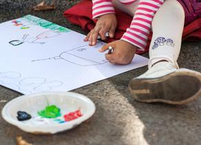 アートセラピーが子供のセラピーに向いている5つの理由