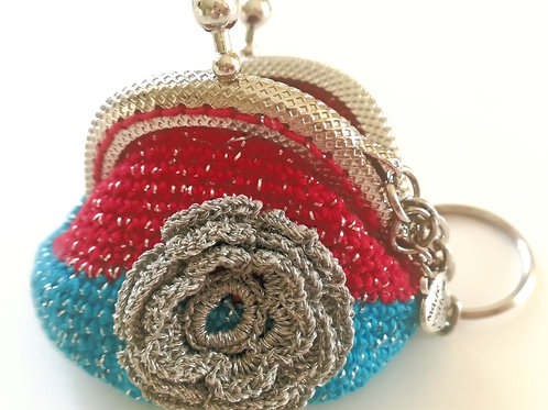Crochet coin purse  2 inch frame kiss clasp on Key Ring