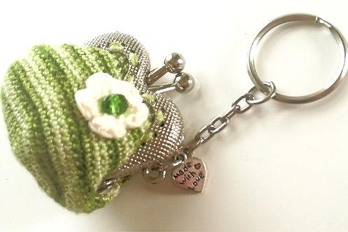 Crochet coin purse 2 inch kiss clasp frame on Key Rin