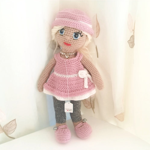 Glamorous Doll in pink emsemble