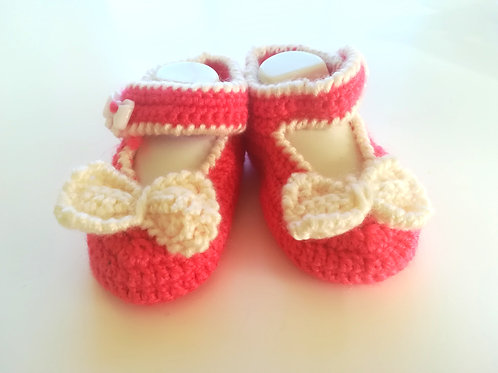Gorgeous Bow Shoes for baby 0-3 months