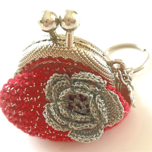 Crochet coin purse  1.5  inch kiss clasp frame on Key Ring