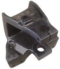 Suporte da mola traseira parte dianteira longo direito (013.002145)