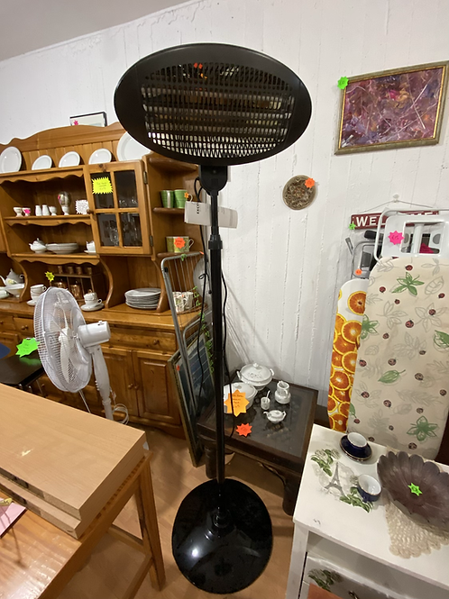 Almost new excellent electrics patio heater