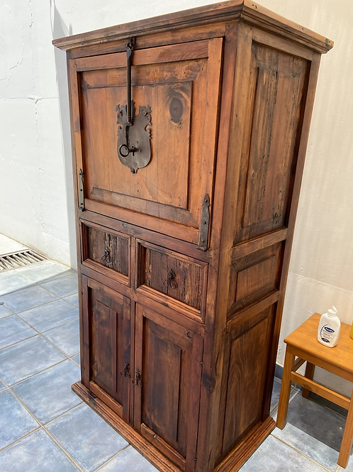 Mexican Pine drinks cabinet