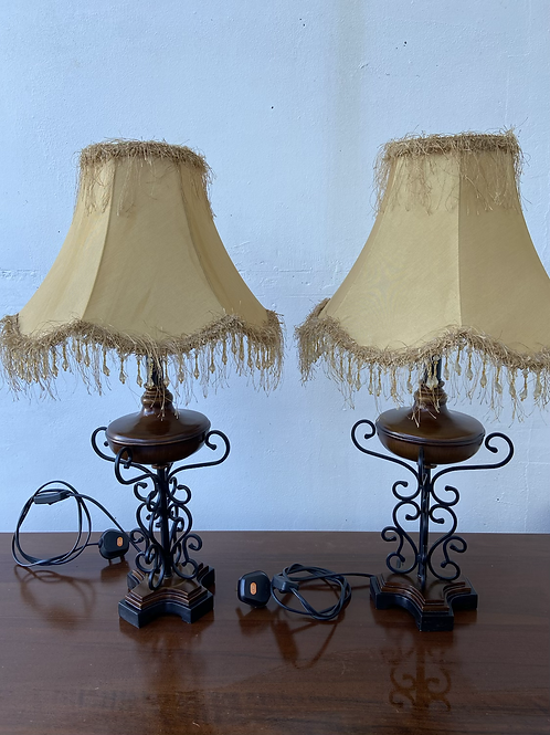 Wheat coloured fringed ornate lamps