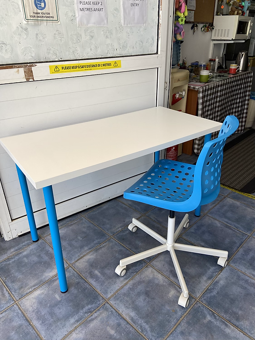 IKEA desk 120x60 74h and chair