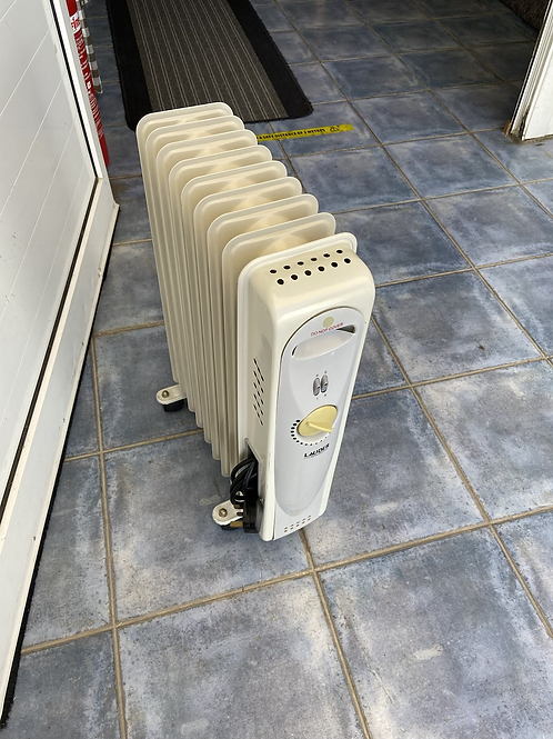 Lauder Germany electric heater with thermostat and timer