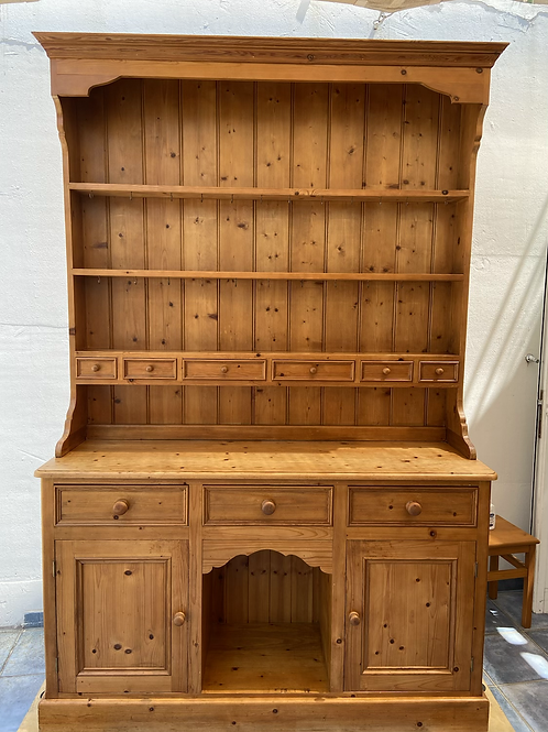 Magnificent pine Welsh dresser with lots of storage as pictured