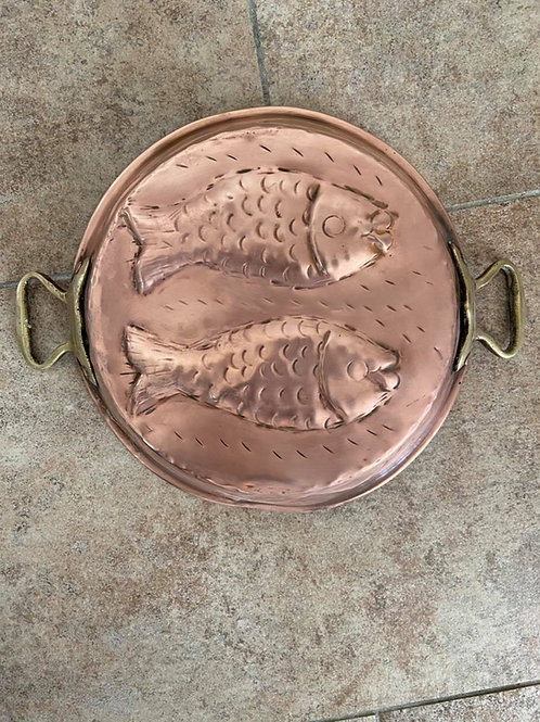 Vintage copper with brass handles fish dish wall decoration 24circ €40
