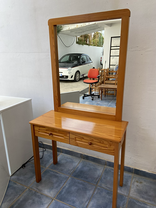 Pine dressing table  with 2 drawers and mirror