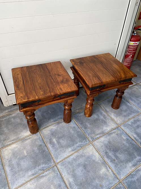 2 Indian wood coffee tables