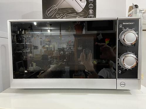 Silvercrest 700W microwave