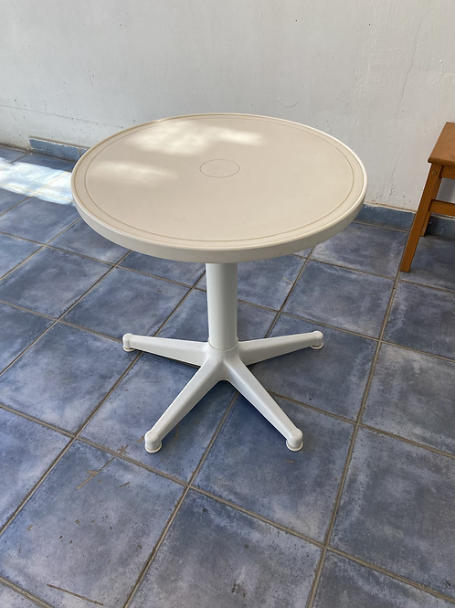 White plastic bistro/balcony table