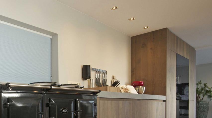 Indirecte en functionele verlichting die de keuken tot leven laat komen. De Lichtplanners hebben altijd een duidelijk lichtontwerp.