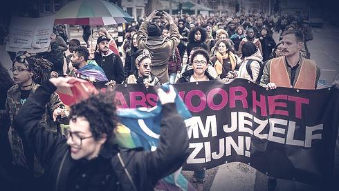 homo%20geweld_edited.jpg