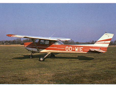 OO-WIE un des premiers avions.png
