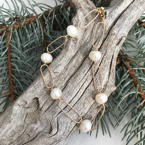 Pearls & Links Bracelet