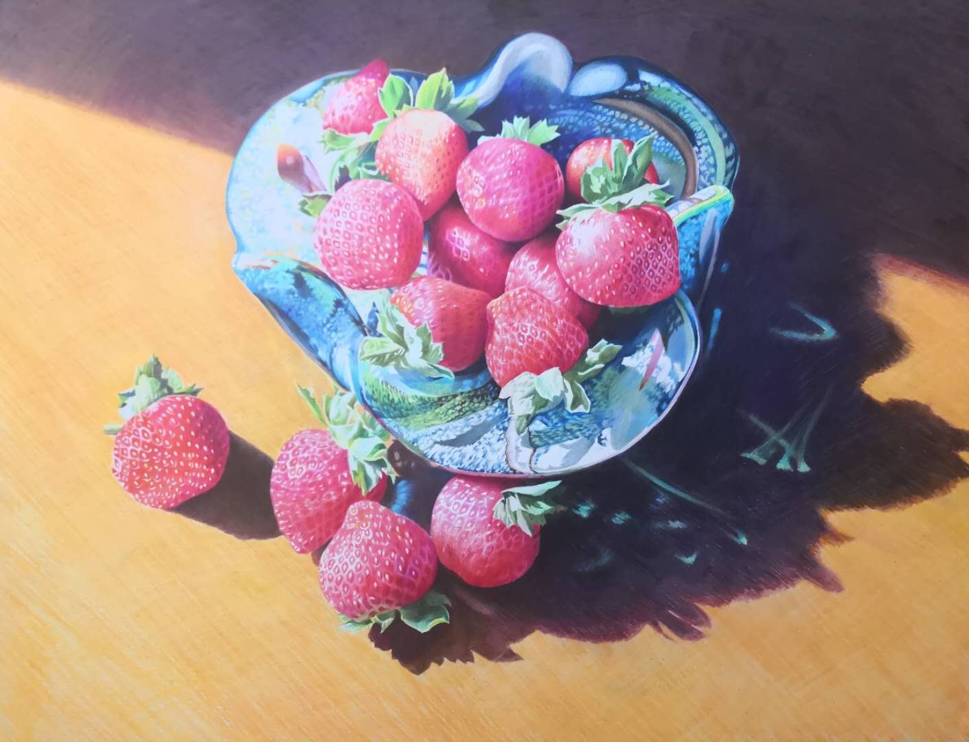 strawberries in a tray