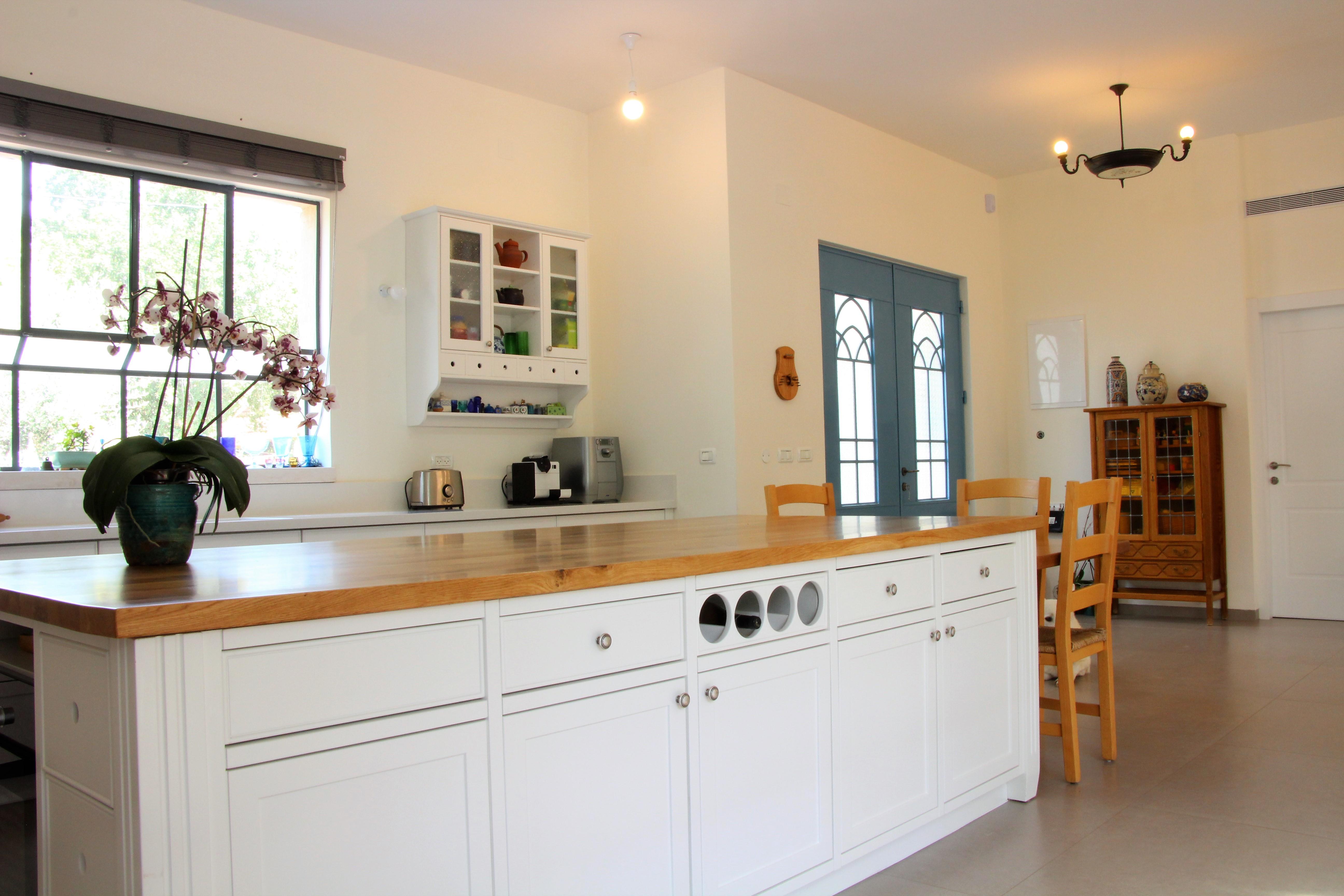 מטבח כפרי אורן הנגר
