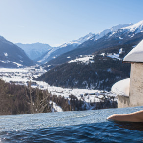 Бормио, возвращение в отель прямо на лыжах