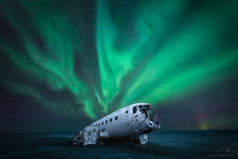 Lonely wreck / iceland