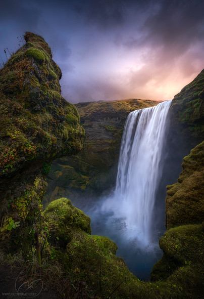 Flow of nature / Skogafoss Iceland