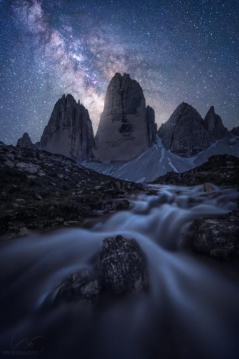 Cosmic stream / Tre Cime di Lavaredo / Dolomites