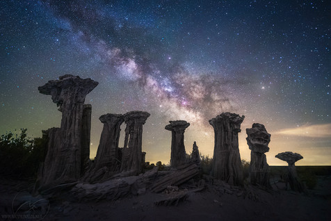 Alien world / Mono lake