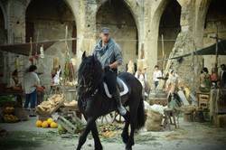 FP rehearsing with horse on set