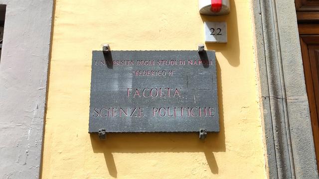 L'ingresso di Via Rodinò