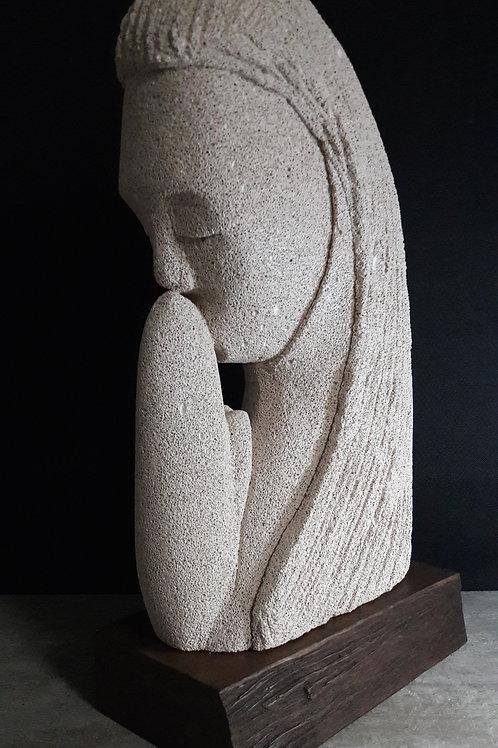 Gratitude - 20 x 12 x 40 cm - por Leo Mathias