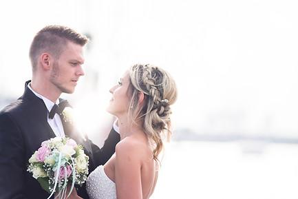 Hochzeitsshooting am Hafen.jpg