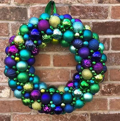 Новогодний венок из шаров